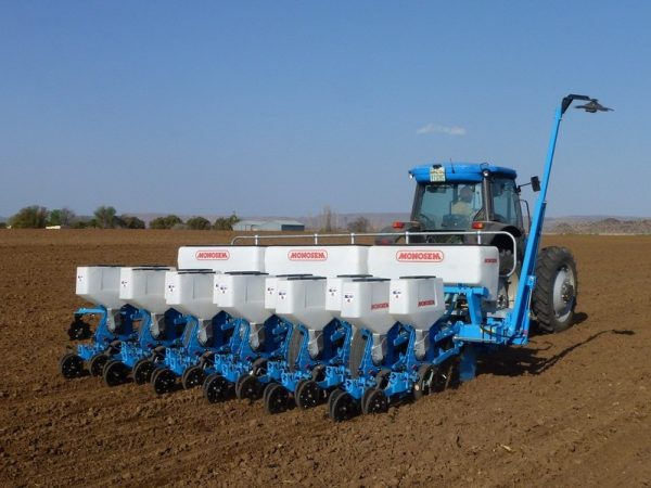 Twin-Row Planter